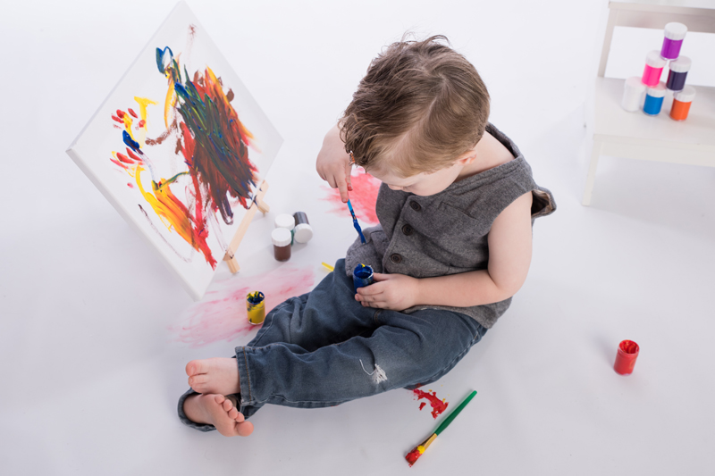 Smash Paint enfant 3 ans - Jarmila Guivarch photographe à Val-d'or - 03